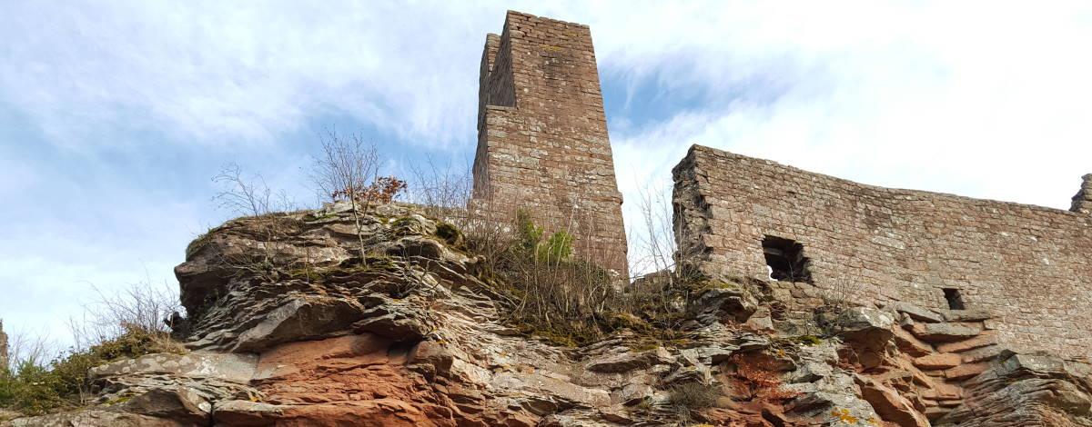 Burgruine Madenburg, eine der ältesten Burganlagen in der Pfalz